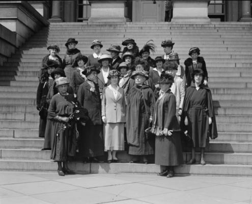 800px-Women's_International_League,_5._1._1922